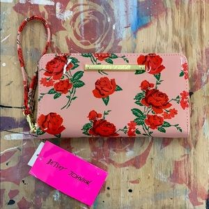 NWT Betsey Johnson Glossy Rose Zip Around Wallet